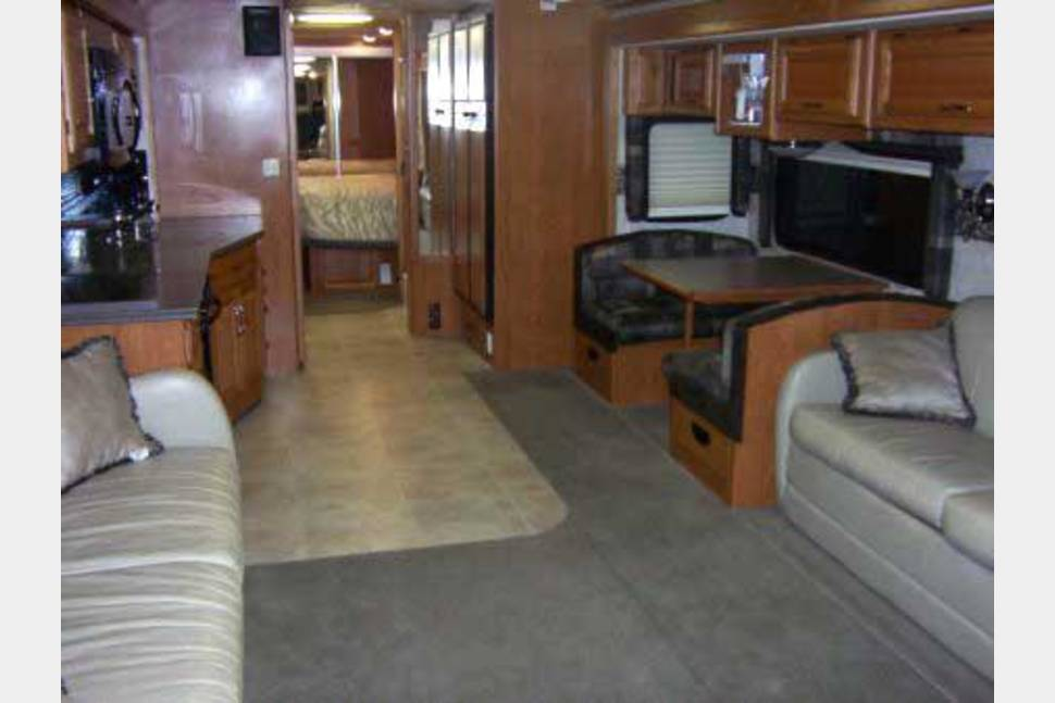 2013 Newmar/Canyon Star - 2013 Newmar Canyon Star