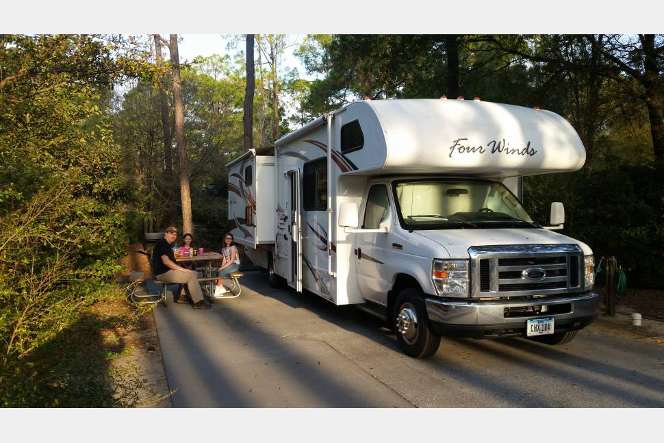 2011 Four Winds 0 - Family RV Vacation? This is the Best RV with Kids! We offer a military discount!