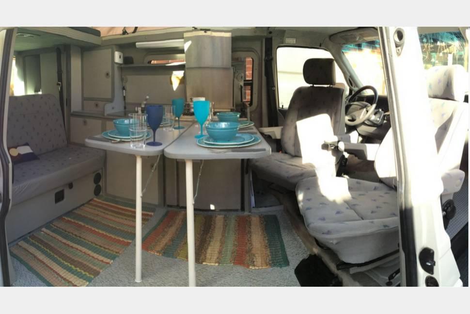 1997 Eurovan Camper Eurovan - Volkswagen Camper Van - Sleeps 4, drives just like a mini-van, and gets 22 MPG!!