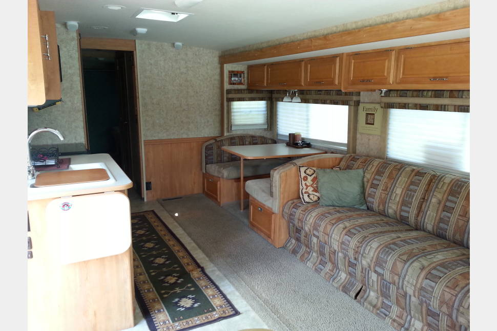 2007 Winnebago Sightseer 35J - 5 Bux 2 P