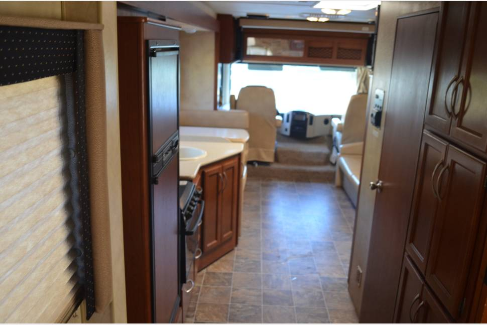 2012 Thor ACE - Ultimate Home Away From Home!