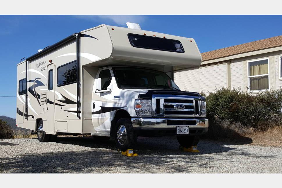 2015 Coachmen Leprechaun 260QB - Huntington Beach 26' Class C Motorhome RV