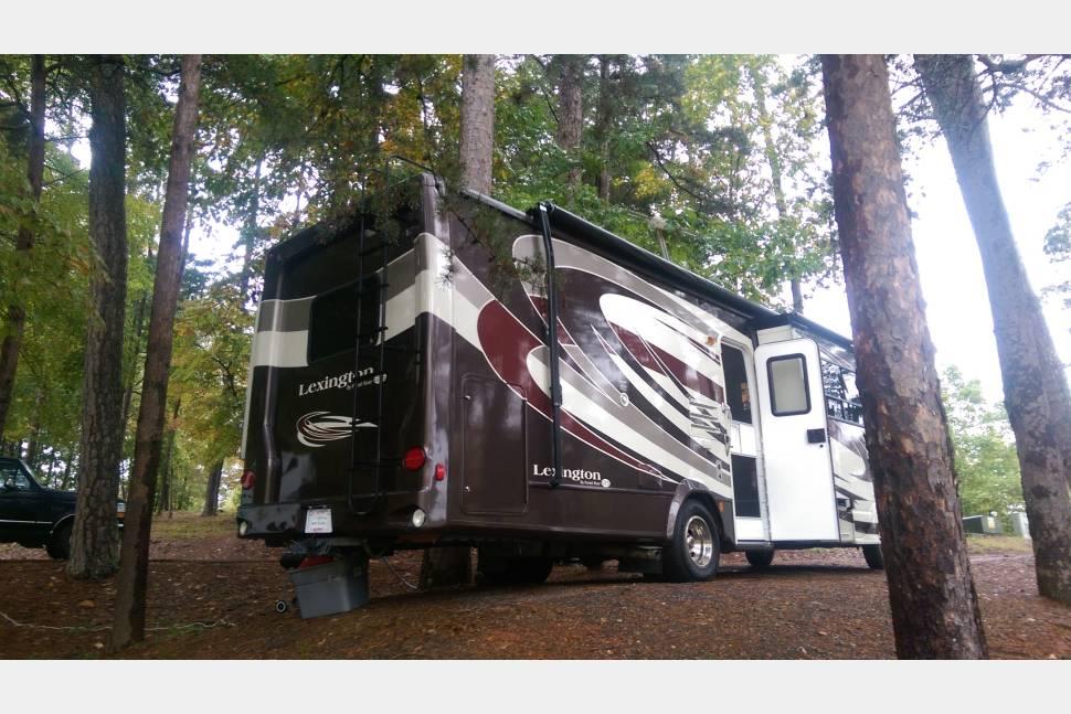 2011 Forest River Lexington 283GTS (