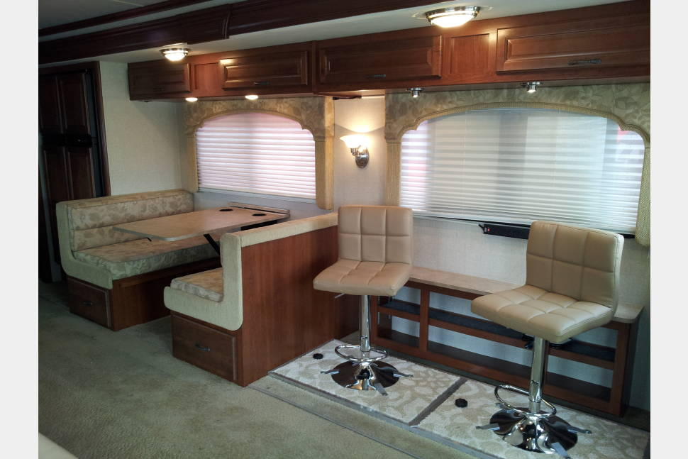 2009 Fleetwood Bounder - Introducing the USS Rockstar