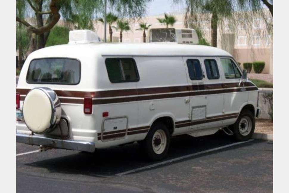 1988 Xplorer - Xplorer easy to park anywhere