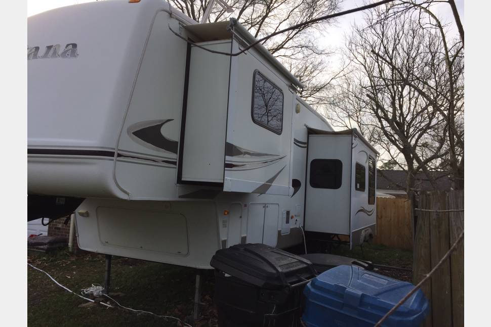 2007 Montana Mountaineer  M-342pht - You call we haul!---Beach camping for the family---You call we haul!