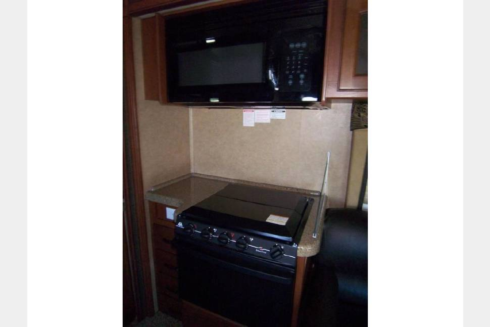 2013  Jayco Greyhawk 31FS - Ready to start your adventure...