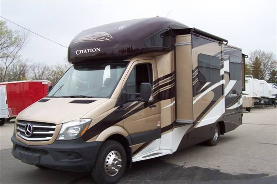2013 Thor Chateau Citation M-24SA - Mercedes Benz Sprinter RV with Ultimate Luxury and Fuel Economy 18 MPG Diesel Power - will Deliver for a fee