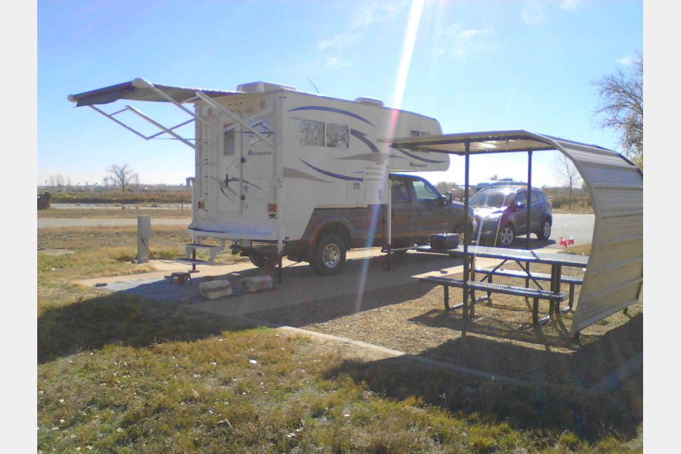 2012 Adventurer LP - 2012 Adventurer Truck Camper