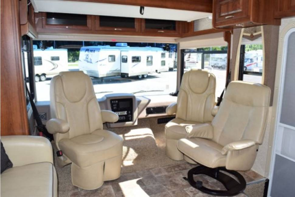 2013 Forest River Georgetown - The perfect RV for your family trip. Now Booking your family memories that will last a lifetime.