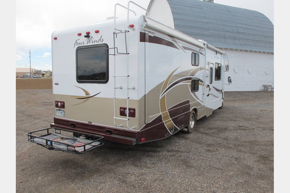 2013 Thor Four Winds - Memory Maker Motorhome  - Bunk Beds - Sleeps 8 - Family Ready!