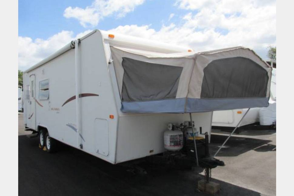 2003 Jayco Kiwi 28 - Rent this fantastic 2002 Jayco Kiwi travel trailer for your next vacation!