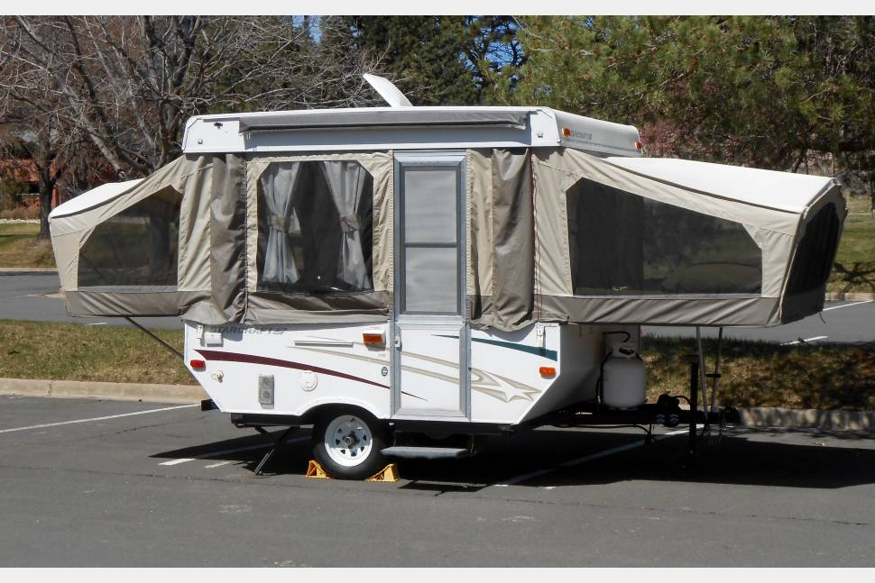 2006 Starcraft 1701 - Renovated Popup - Great Little Getaway