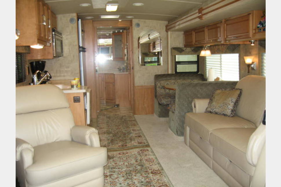2007 Winnebago Journey 36G - IT'S ALL ABOUT THE JOURNEY