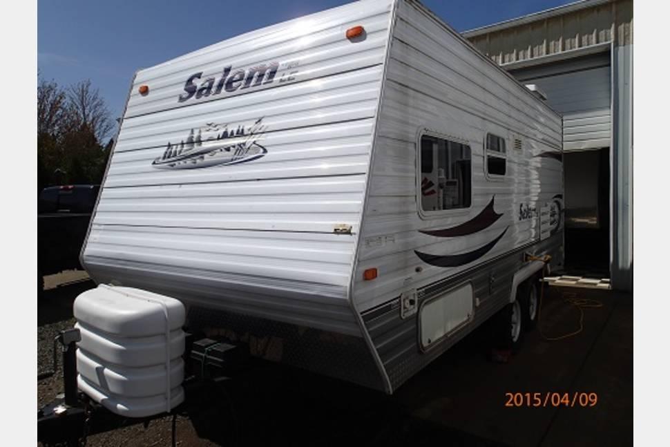 2006 Forest River Salem - 19'  Forest River Salem LE travel trailer