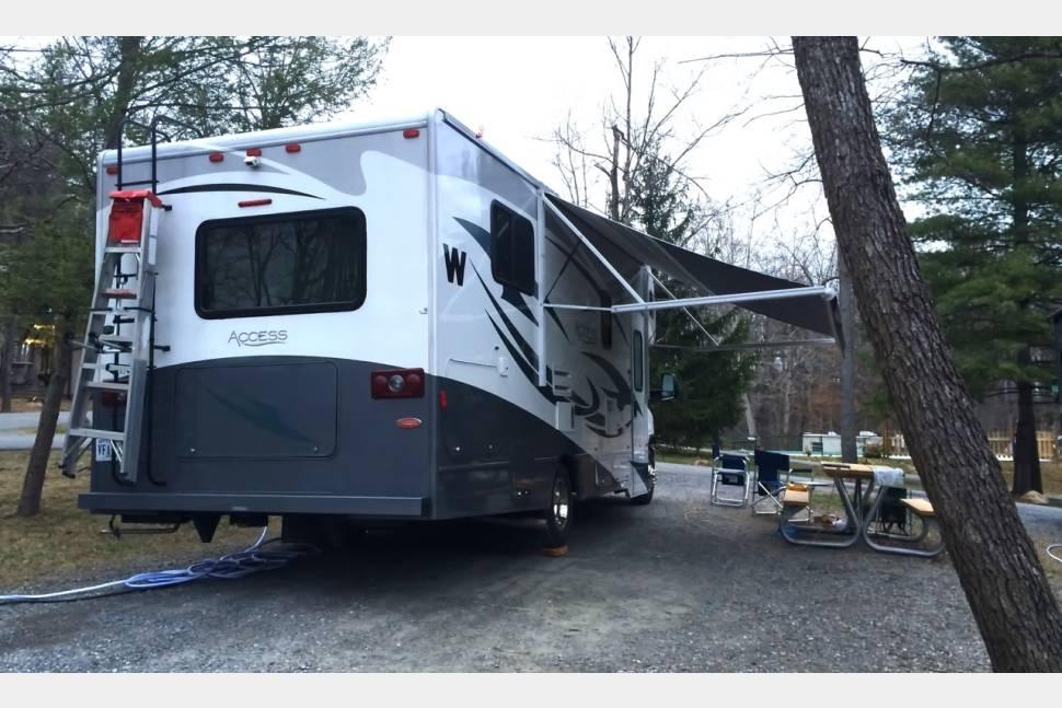 2014 Winnebago Access Premier - Rambler's Journey, The Open Road: Write Your Own Adventure