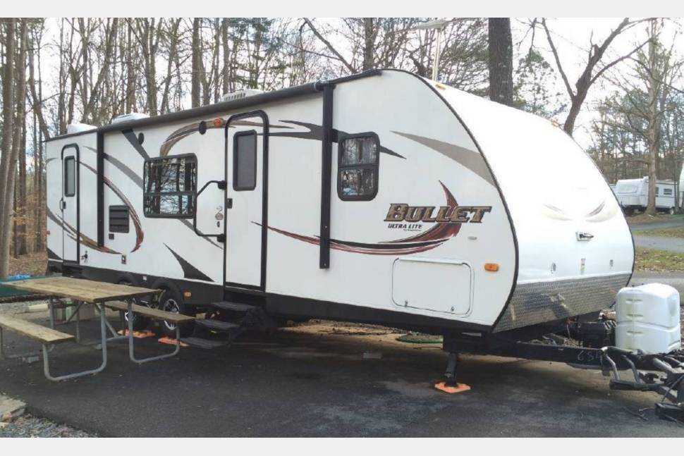 2011 Keystone Bullet 250RKS - 25FT Keystone Bullet travel trailer