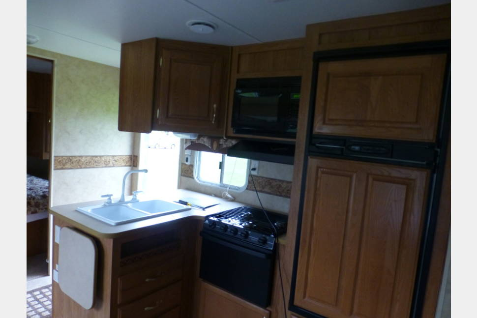 2006 Jay Flight 31 BHS - Travel trailer for rent by owner