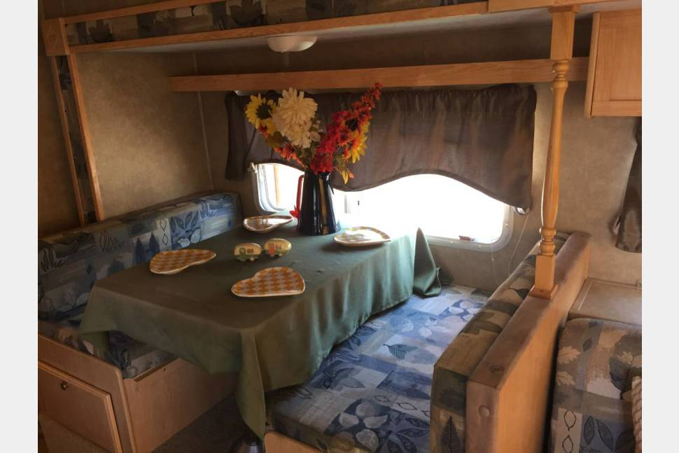 2005 Starcraft 21 SSO Travel Star - Fully Equipt Camper Ready For Adventure!