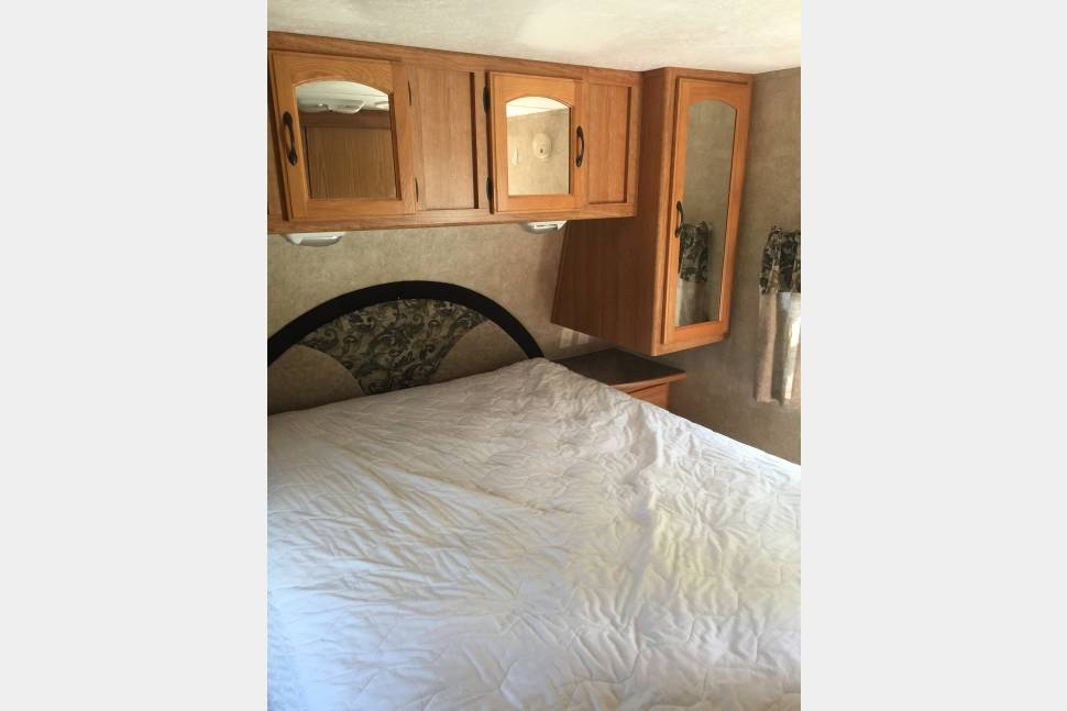 2009 Keystone Sprinter 26BH - Sprinter, with bunk beds--Sleeps 6 +