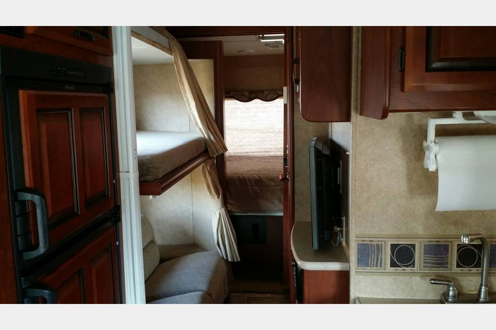 2011 Forest River Sunseeker - Super-Useful-Vehicle (Adventure-Ready Motorhome)