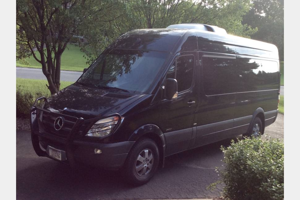 2013 mercedes benz sprinter travel van 12 seats rv rental for Mercedes benz minneapolis