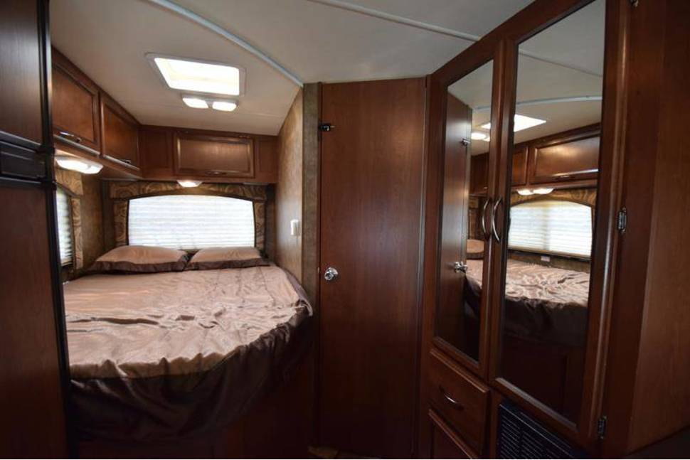 2014 Thor Chateau 22E - 23' Class C is a breeze to drive, sleeps 6 and is ready to make memories!