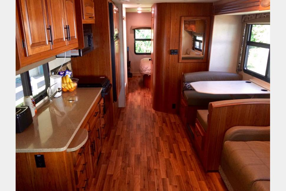 2017 Jayco Greyhawk 29MV - Georgia Dream - 2017 Jayco Greyhawk
