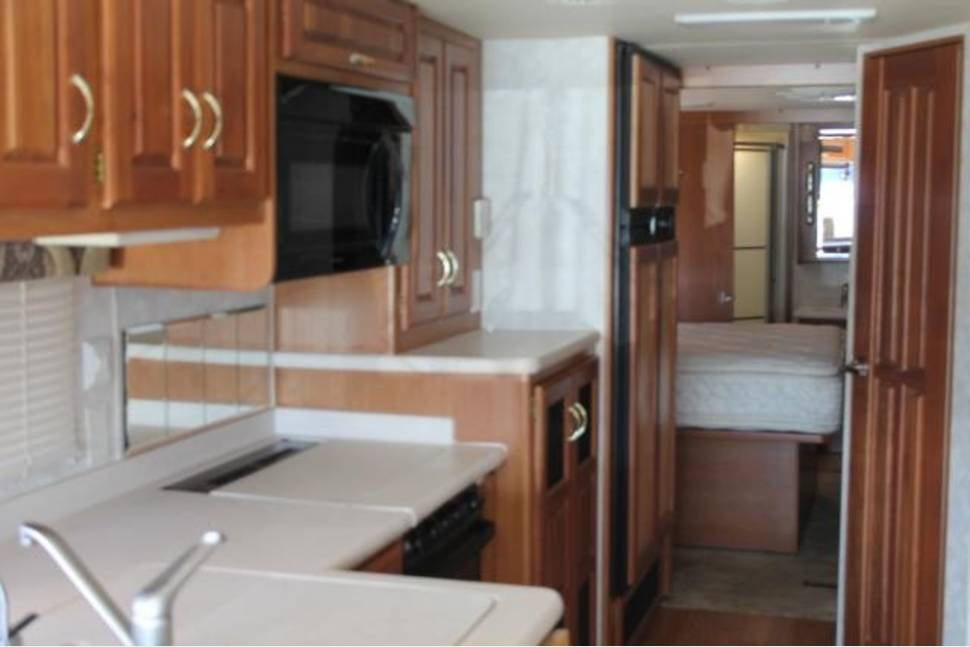 2003 Monaco La Palma - Double Header-Call/Text with any questions before you book-850-723-1079