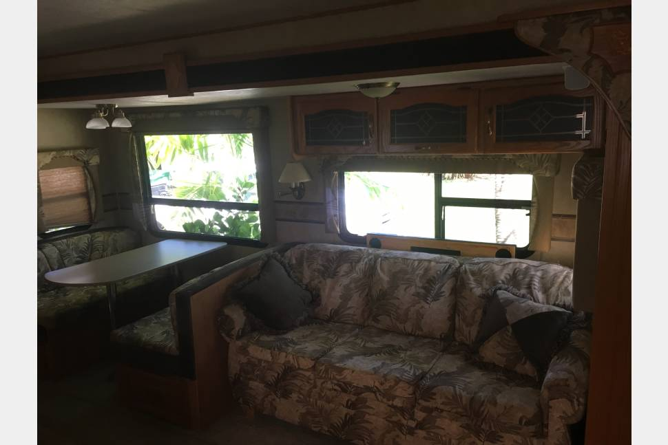 2007 Forest River Sierra 32 - Book our beautiful 2007 Forest River Sierra for rent today!