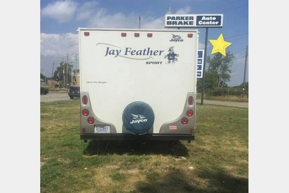 2009 Jayco Jayfeather 197 - Jaynie Jay Feather' The Feather Lite Travel Trailer.