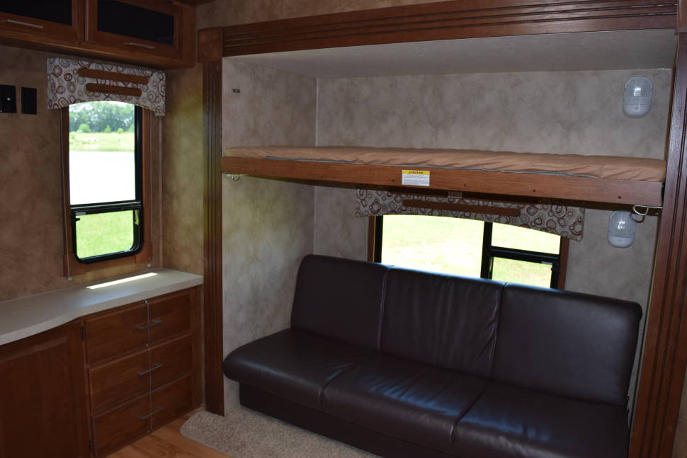 2014 LUXURY BUNKHOUSE! We Deliver And Set Up! - We deliver and set up along the Alabama Gulf Coast!