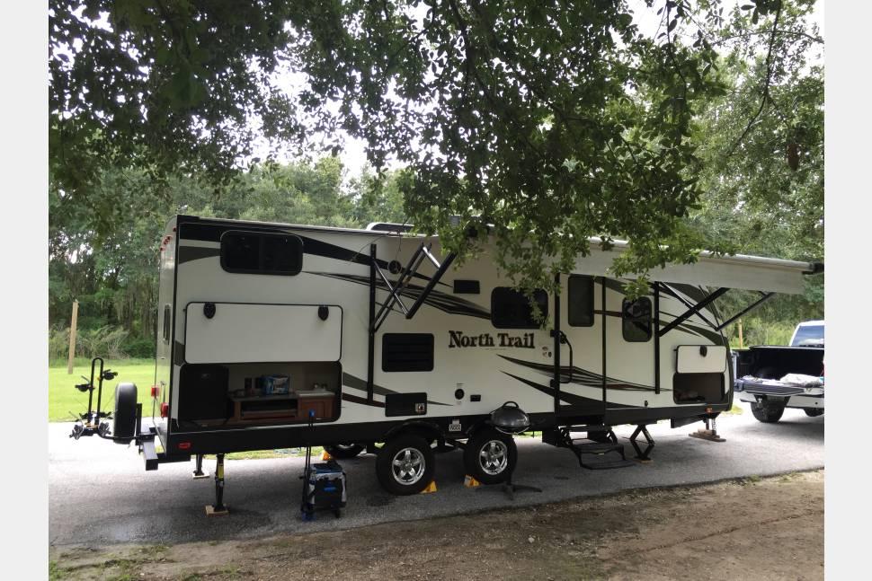 2016 Heartland North Trail 24BHS - Light weight brand new travel trailer
