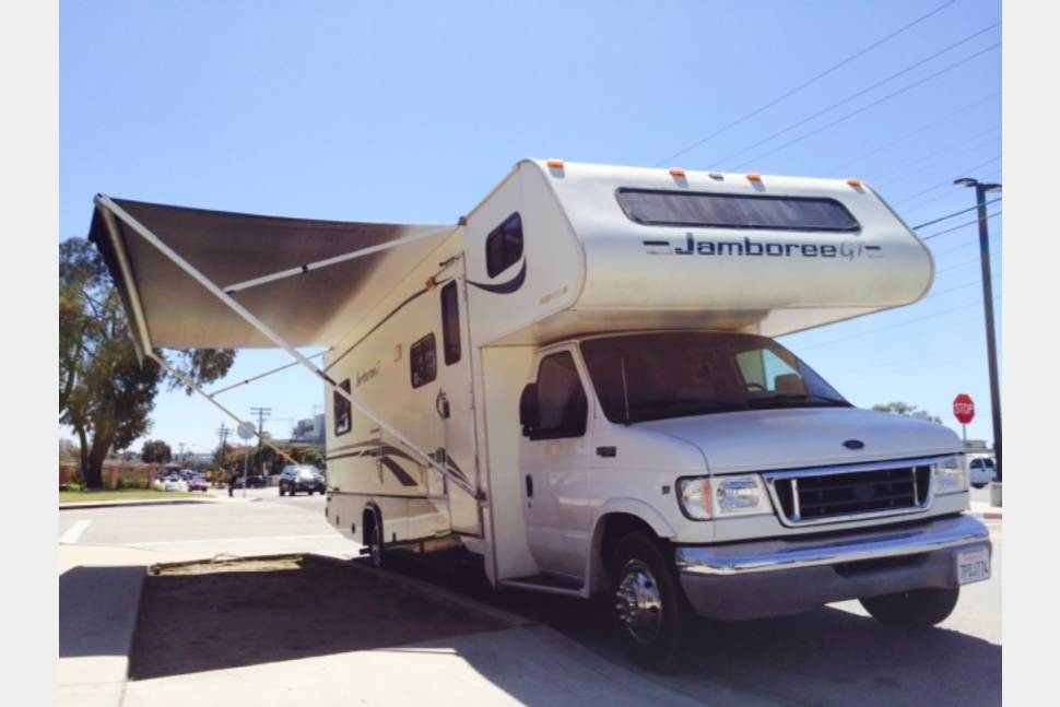 2002 JAMBOREE FLEETWOOD GT - A Taste of Home on the Road