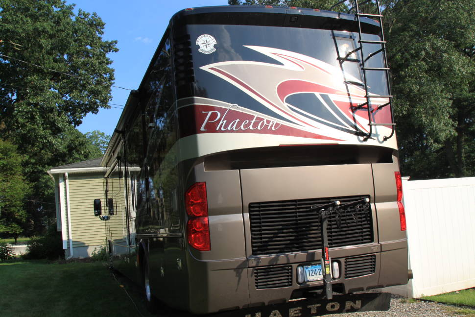 2014 Tiffin Phaeton - Ultimate Vacation Home !! Our NEW Tiffin PHAETON is moving FIVE STAR facility !! You name it It has it !!