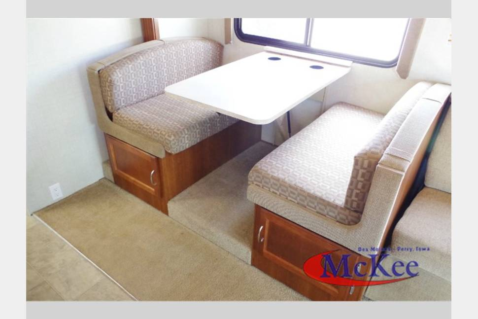 2008 Fleetwood RV Jamboree 31W - Mighty Terrapin, Great Value in Denver! Explore the Rockies!
