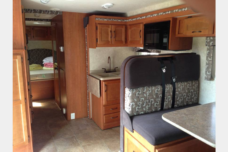 2011 Ford Adventure PMH3a - Best RV´s in Town
