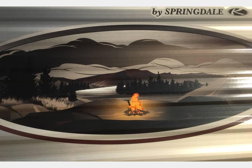 2014 Keystone  Fireside 19RB - Small BunkHouse Travel Trailer Sleeps 7 We deliver