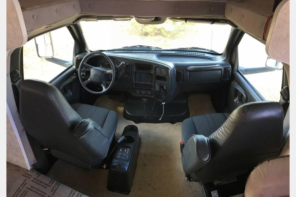 2005 Chevy C5500 - Gulfstream Super C Series - The Beast