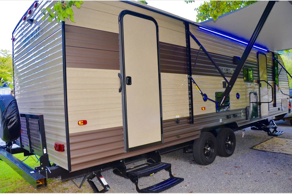 2017 Grey Wolf 26dbh - 2017 Grey Wolf 26 FT Double Bunk House- DELIVERY AND SETUP/BREAKDOWN!!