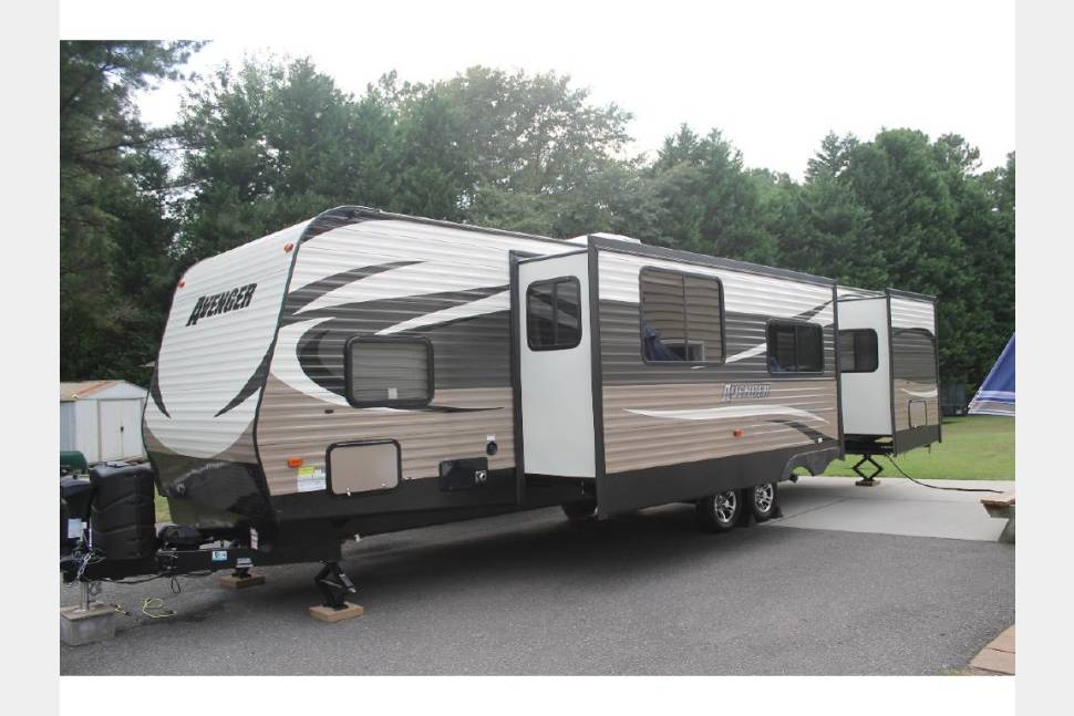 2016 Prime Time Avenger ATI - Scott's Sweet Serenity, an ultimate family vacation!