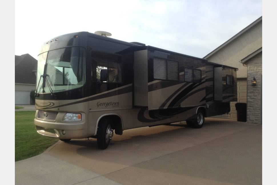 2009 Forest River Georgetown -