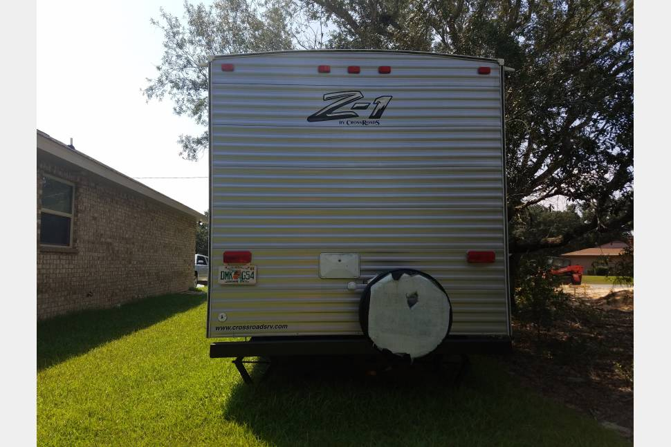 2015 Crossroads Z1 301BH - Luxury camping! Ask about our off season rates!