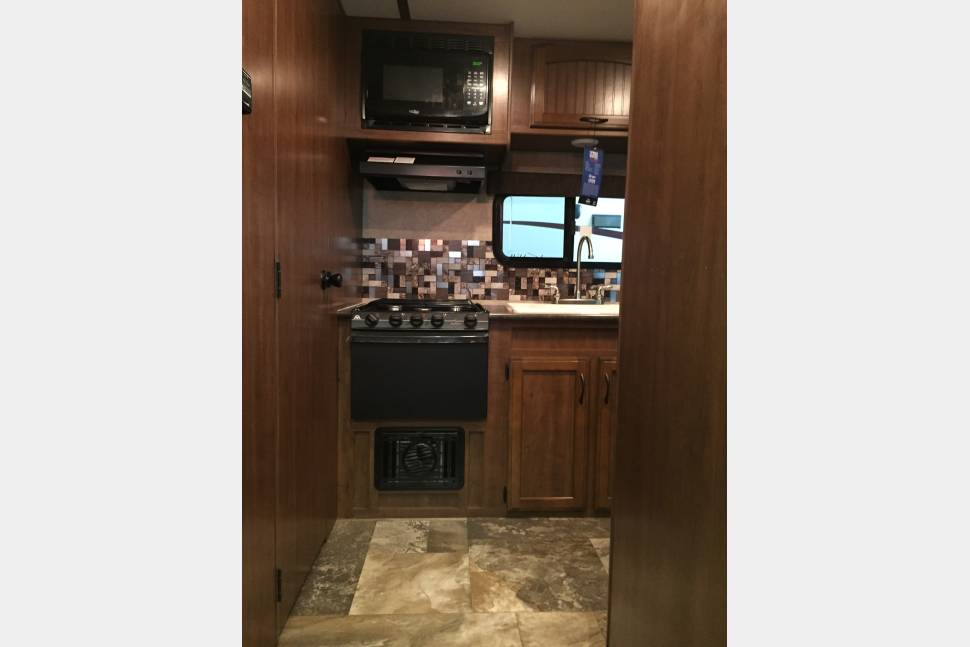2016 Jayco Feather Lite 22ft Travel Trailer - 2016. Jayco jay feather 22 ft long