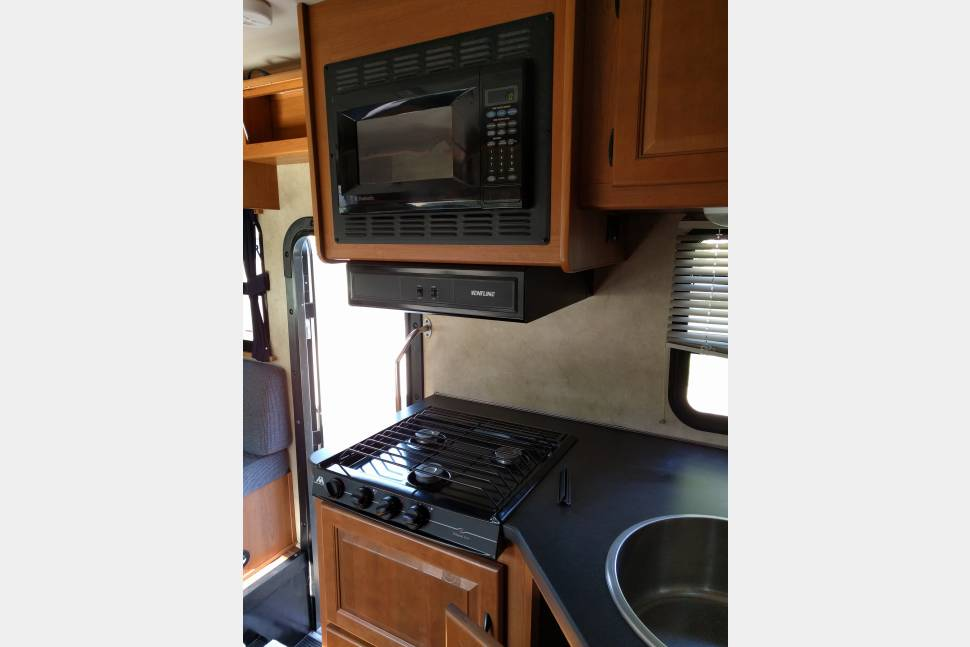 2012 Majestic - Majestic Very good Rv Clean and Easy To Drive