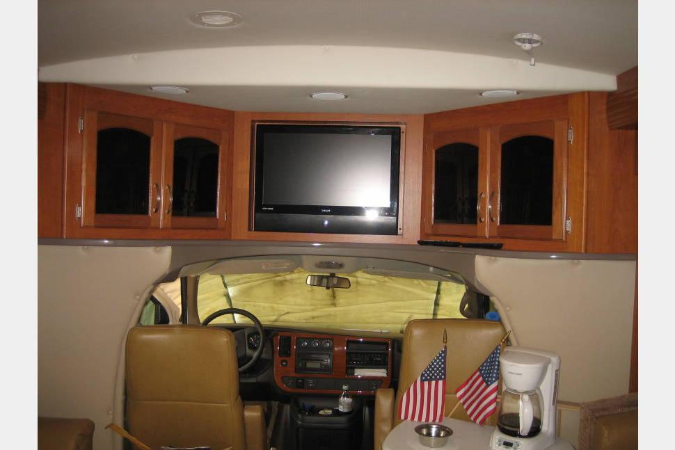 2008 R-Vision Freedom Travler 29ts - Vacation Ready!!!