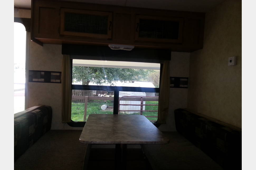 2014 Coachmen 298 BHS Apex - Comfortable Camping