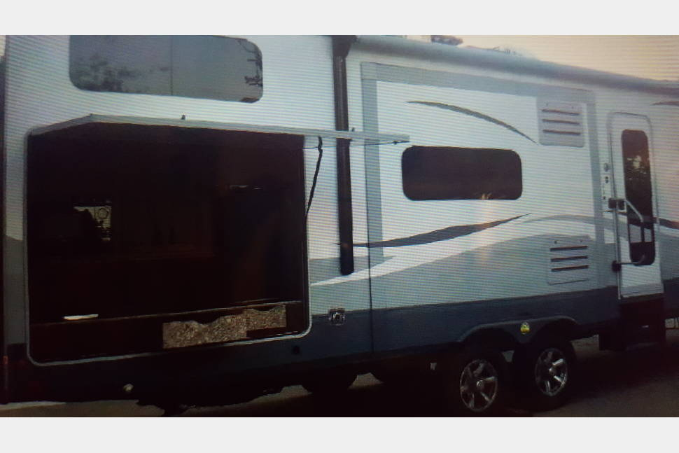 2016 Open Range Light 308BHS - Your second home