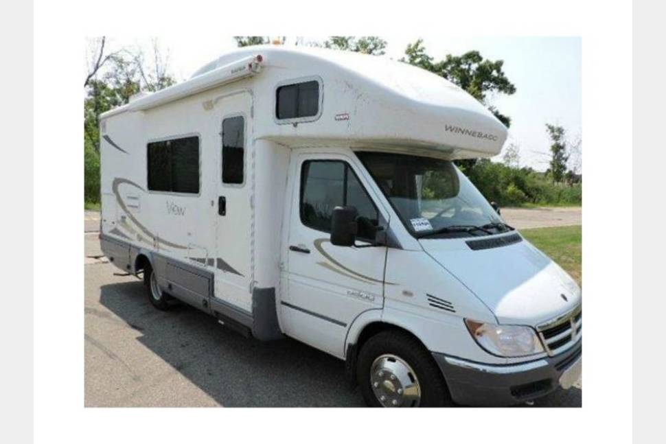 2007 Winnebago View 23H - Our Second Home!