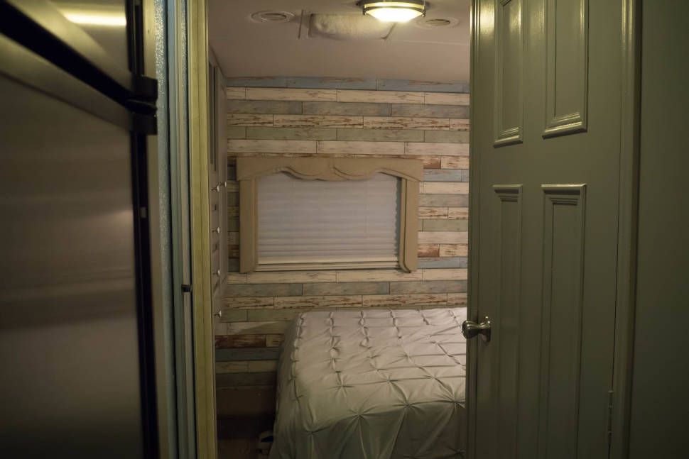 2007 Forest River Lexington 283 GTS - Matilda, A Rejuvenating, Great Driving Rig, Three Slide-outs, Many Amenities, Ready to Camp